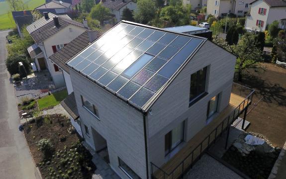 indach pva kombiniert mit solarthermie und w rmepumpe. Black Bedroom Furniture Sets. Home Design Ideas