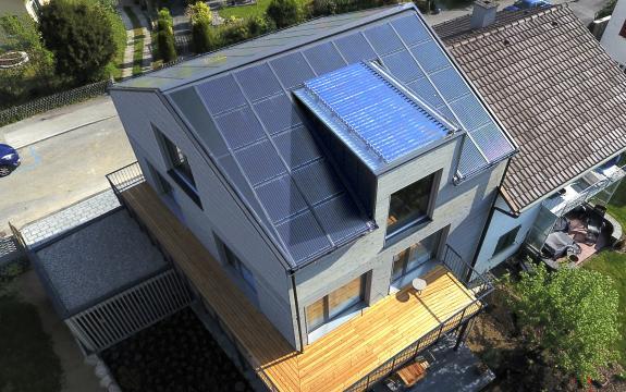 indach pva kombiniert mit solarthermie und w rmepumpe ramseier ag. Black Bedroom Furniture Sets. Home Design Ideas